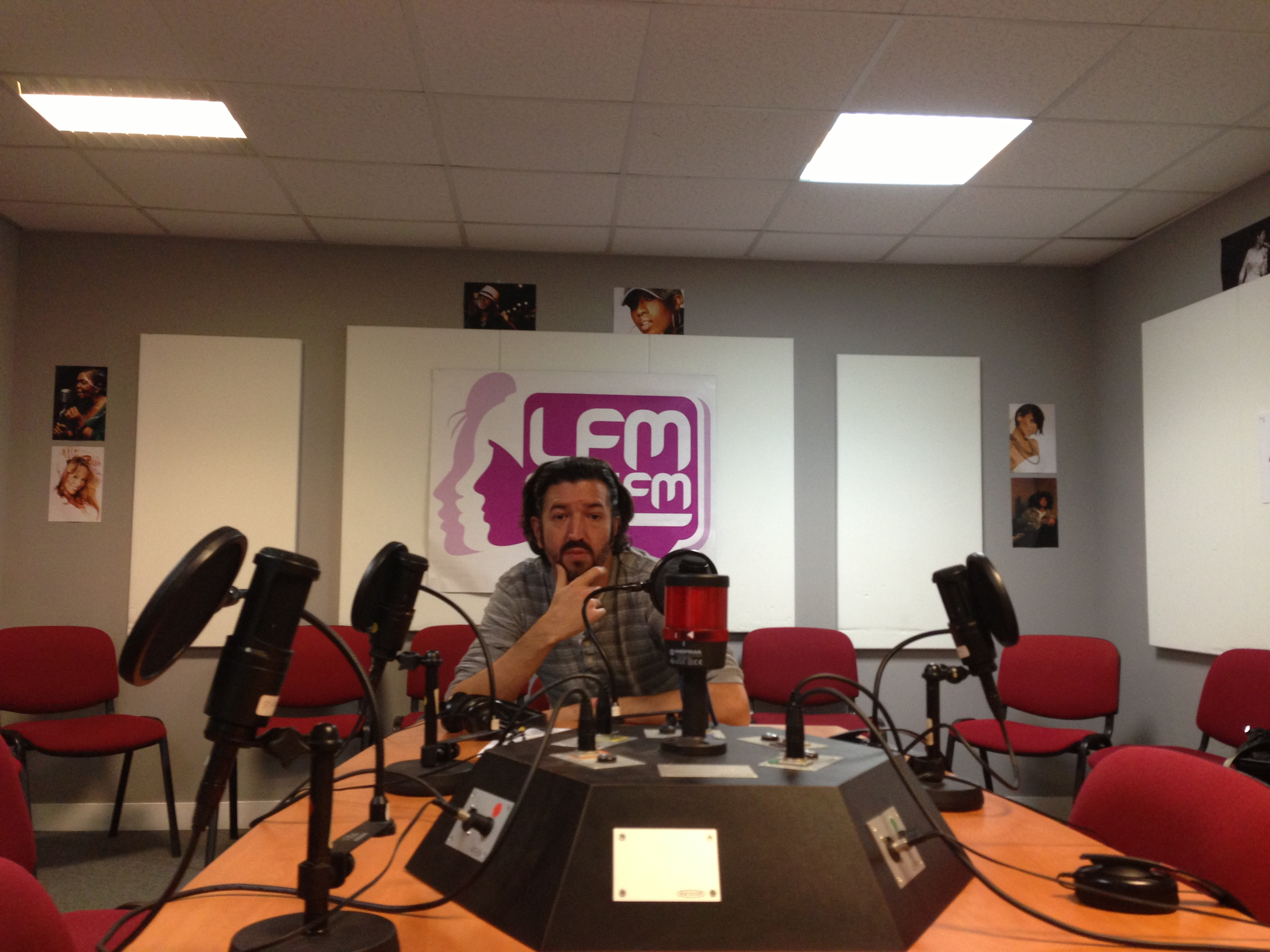interview du groupe angel fall à la radio LFM